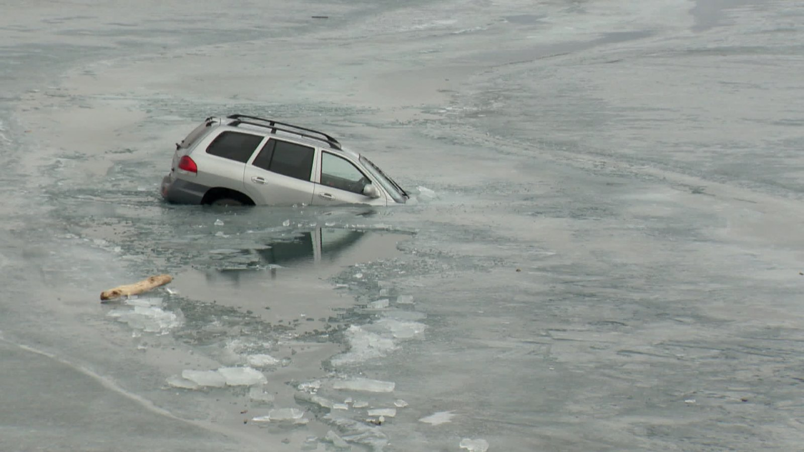 ice safety_1.jpg