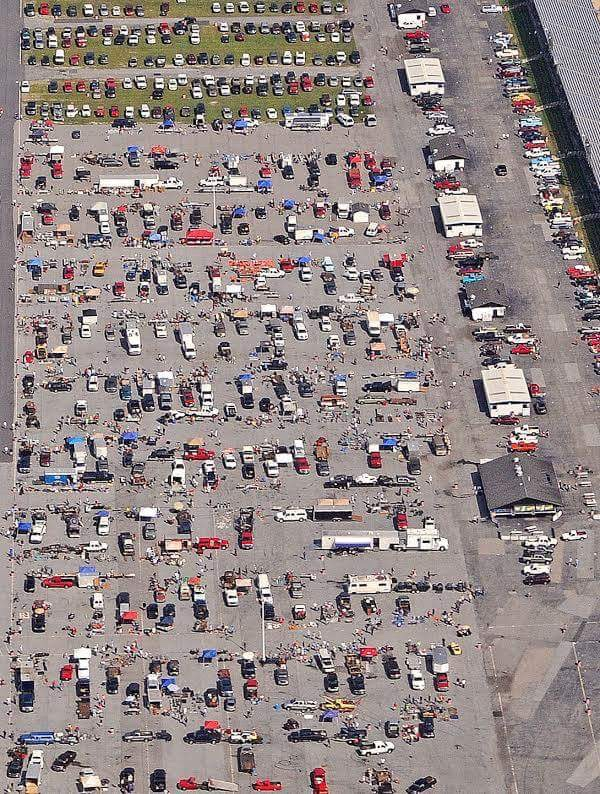 SWAP MEET AERIAL SHOT FOR PARKING.jpg